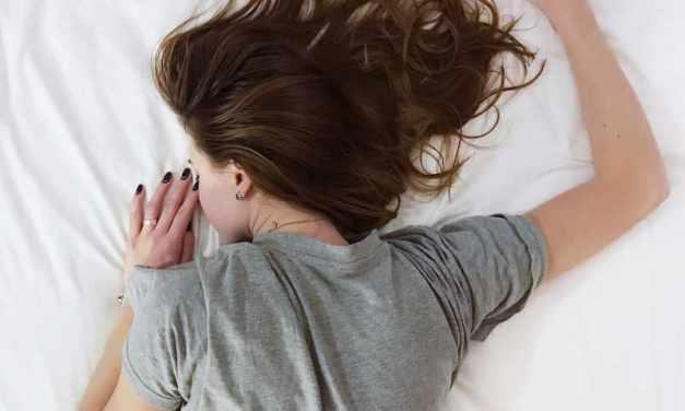 Schlafmangel: Ursachen, Symptome & Folgen